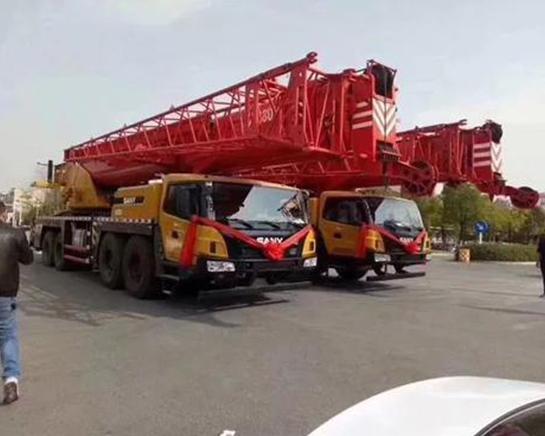 重庆100吨吊车